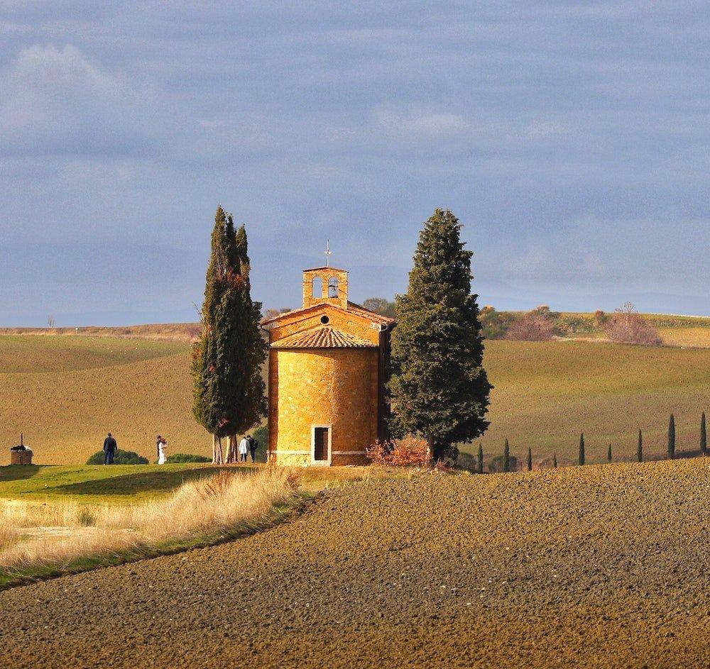 tuscany property pienza wedding